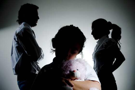 El Ministerio de Justicia retoma la Ley que igualará custodia compartida y monoparental